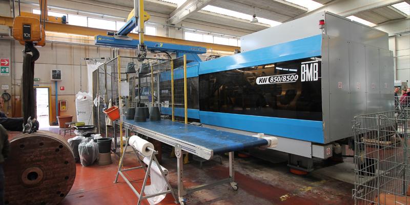 tecnologia stampaggio a iniezione prodotti in plastica puglia