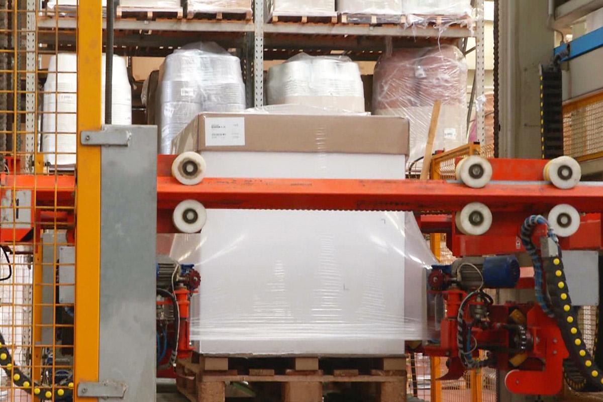 imballaggio-e-spedizione-manufatti-in-materiale-termo-plastico-salento