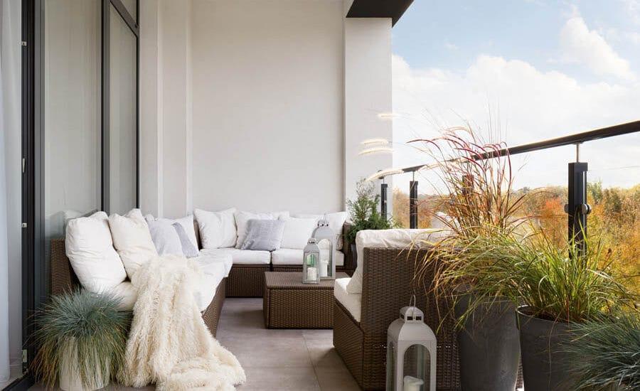 arredare balcone in inverno