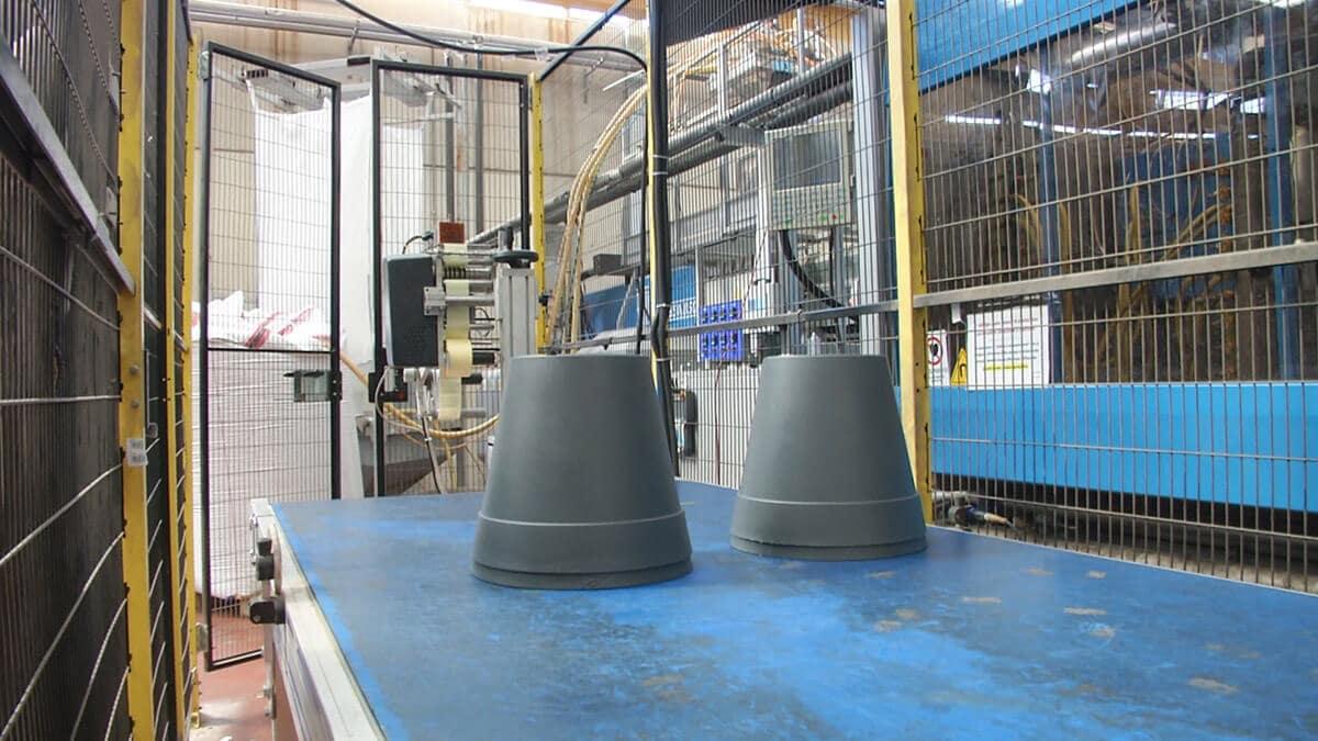 materiale-in-plastica-stampaggio-a-iniezione-brindisi-lecce